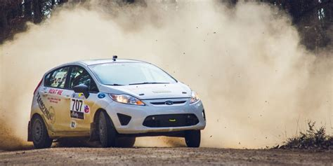 ford fiesta   perfect  rally car