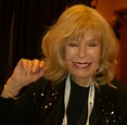 'M*A*S*H' actress Swit 'proud of her gender' for ...