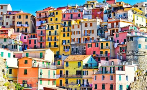 italy colorful houses the world s 25 most colorful cities