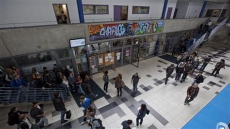 vues interieures du lycee lycee charles de gaulle poissy