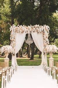 ivory aisle runner 25 best ideas about fairytale weddings on