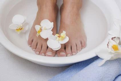 bain de pieds maison bain de pieds purifiant au citron recette de beaut 233 grands m 232 res