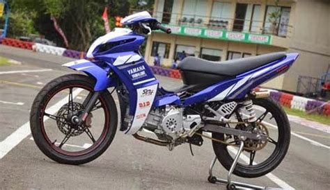 Motor Jupiter Z Road Race by Modifikasi Motor Jupiter Z Dengan Konsep Road Race