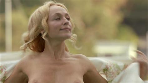 naked susie porter in puberty blues