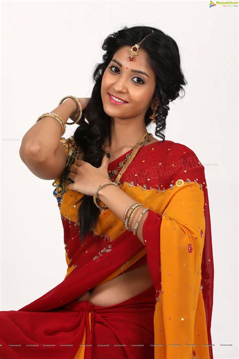 navel thoppul low hip show in saree page 248 xossip