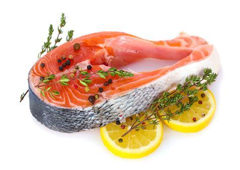 poisson cuisiné le saumon un poisson que tout le monde adore recettes