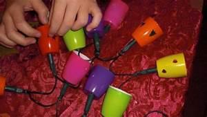 Lichterkette Im Zimmer : lichterkette aus fruchtzwergbechern frag mutti ~ Markanthonyermac.com Haus und Dekorationen