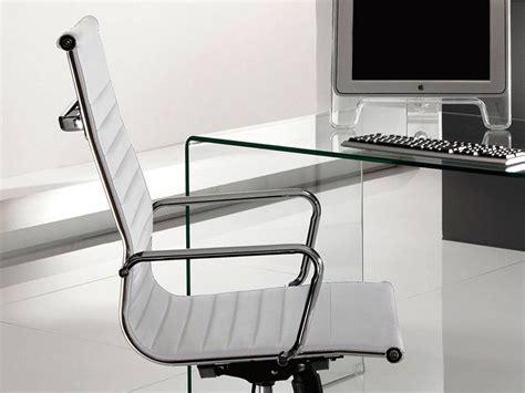 scrivania ufficio vetro scrivania in vetro curvato brennan per ufficio 125 cm