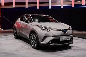 Toyota C Hr 2016 : 2018 toyota c hr revealed in production trim ~ Medecine-chirurgie-esthetiques.com Avis de Voitures
