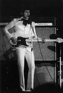 Rickresource Rickenbacker Forum • View topic - Fender ...