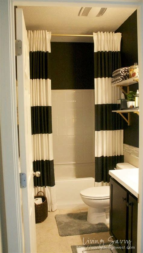 Shower Curtain Ideas For Small Bathrooms by Living Savvy Savvy Design Tip Shower