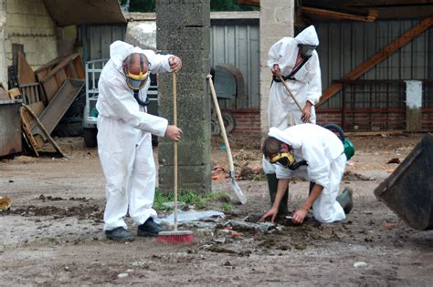 dangers  asbestos protect  employees protect