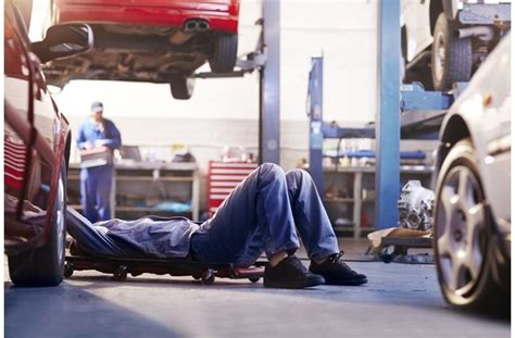 10 Easy Cars To Maintain And Repair