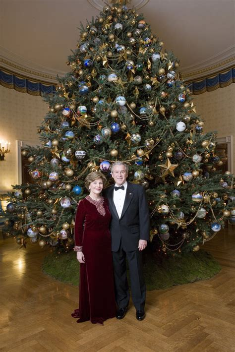 celebrating the 2007 holiday season president george w