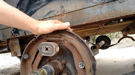 Boat Trailer Axle Repair by Broken Trailer Axle Fix