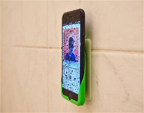 7 iPhone Shower & Bathroom Accessories