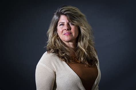 The bestselling classic that redefined our view of the relationship between beauty and alongside the evident progress of the women's movement, however, writer and journalist naomi wolf. Naomi Wolf's Outrages dropped by US publisher Houghton