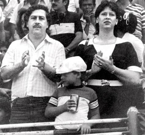 23 Fascinating Candid Photos From Pablo Escobar's Family Album