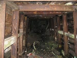 Inside mine shaft © Peter Craine cc-by-sa/2.0 :: Geograph ...