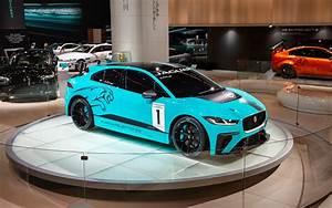 Véhicules électriques 2018 : jaguar cr e le premier championnat du monde pour v hicules lectriques batterie de s rie ~ Maxctalentgroup.com Avis de Voitures
