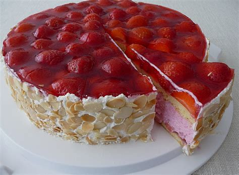 German Strawberry Torte - Layered Cake • Best German Recipes