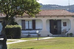 Haus Sardinien Kaufen : sardinien ferienhaus am meer h bsches komfortables h uschen mit garten f r 2 personen ~ Frokenaadalensverden.com Haus und Dekorationen