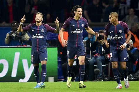 Revue de presse : l'Europe du foot salue un PSG trois ...