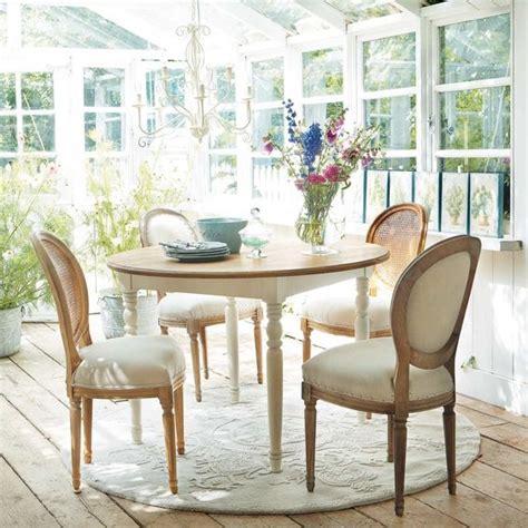 table ronde de salle 224 manger en bois d 120 cm l 233 ontine maisons du monde home quot chouette