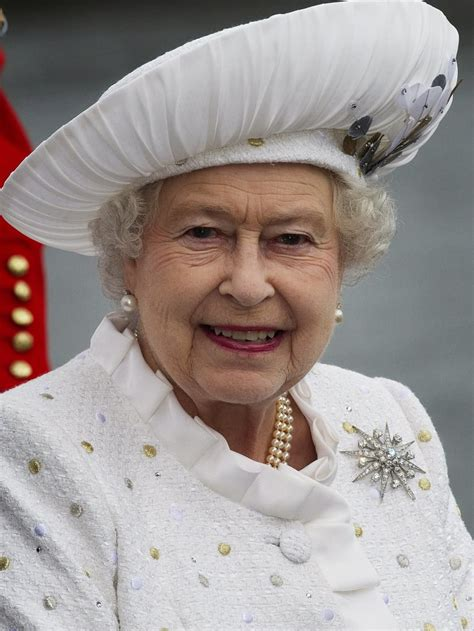The Queen Wore White For The Thames Diamond Jubilee
