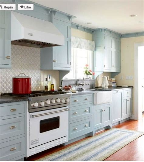 country kitchen cabinet colors country kitchen ideas cabinets kitchens and cabinet colors 6001