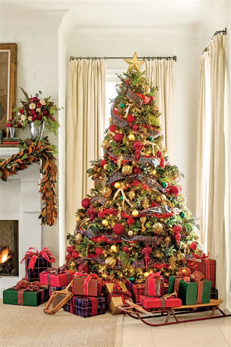 christmas decorations in 100 fresh christmas decorating ideas southern living