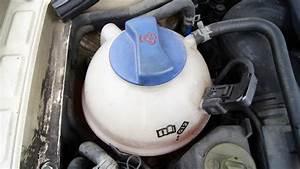 Mettre Du Liquide De Refroidissement : la verification du niveau de liquide de refroidissement sur un 4x4 801 garage all road village ~ Medecine-chirurgie-esthetiques.com Avis de Voitures