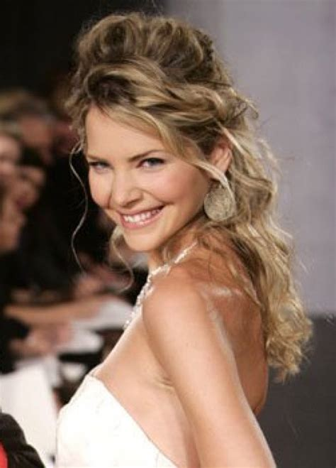 simple hairstyles  curly hair womens fave hairstyles