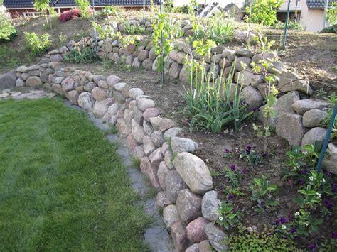 Gartengestaltung Am Hang Mit Steinen by Gartengestaltung Am Hang Mit Steinen Wohnideen