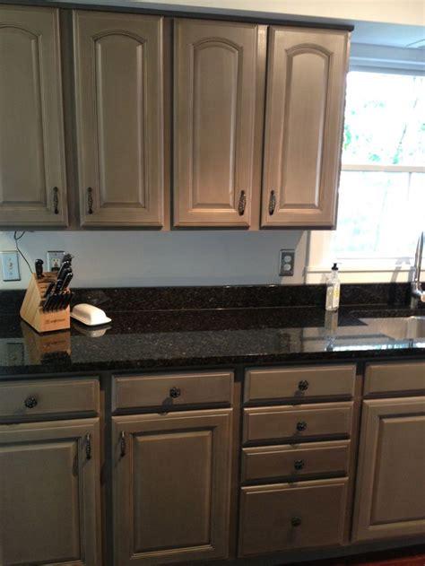 valspar kitchen cabinet paint 10 best images about annie sloan on pinterest oak