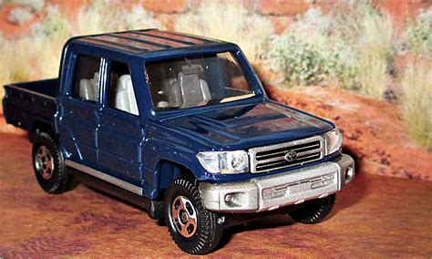 tomica toyota hilux 100 tomica toyota hilux there u0027s no dealer