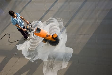 Types of Commercial Floor Cleaning Machines