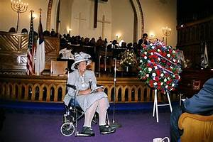 2005 Funeral service held for A.M.E. Deaconess Rosa Parks ...