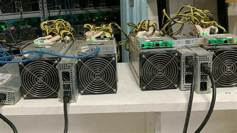 Graphics cards are absolutely useless for bitcoin mining. How to Mine Cryptocurrency with GPU Mining Rigs - Linux Hint