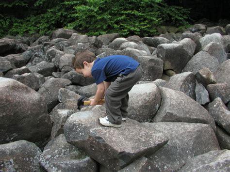 amazing ringing rocks  pennsylvania remain