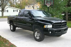 1999 Dodge Ram 1500 - Overview