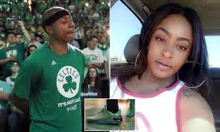 Day After Sisters Death Isaiah Thomas Plays For Celtics