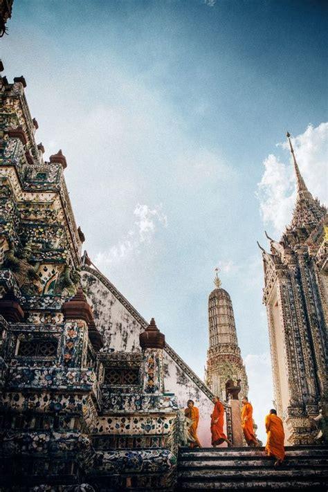 monks  wat arun traveler photo contest  travel