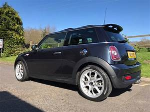 Mini Cooper Pack Chili : 2007 mini cooper s automatic atsro black metallic with chili pack mrs mini used mini cars ~ Medecine-chirurgie-esthetiques.com Avis de Voitures