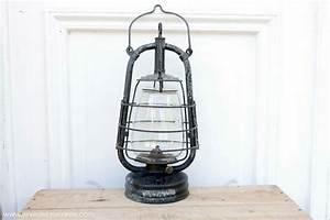 Lampe à Pétrole Ancienne Le Bon Coin : lampe p trole militaire de marque panzer ~ Melissatoandfro.com Idées de Décoration