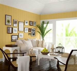 Wände Weiß Streichen : wohnzimmer streichen 106 inspirierende ideen ~ Frokenaadalensverden.com Haus und Dekorationen