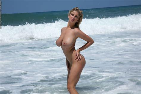 Jenny Wild Beach Porn Pic Eporner