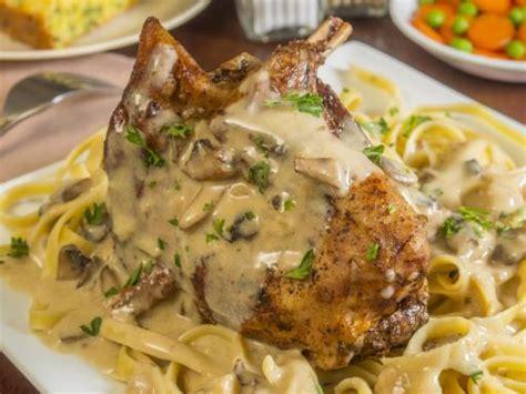 cuisiner le lapin à la moutarde lapin à la moutarde maison recette de lapin à la