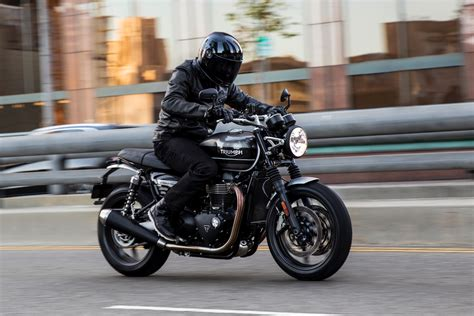 Triumph Speed Hd Photo by 2019 Triumph Speed Look 12 Fast Facts
