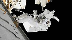 Astronauts breeze through US EVA-45 - SpaceFlight Insider